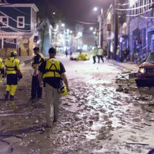 Flood emergency, power outage during flood, emergency workers