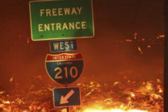 A wildfire burns in Sylmar, Calif., Friday, Oct. 11, 2019. (AP Photo/David Swanson)